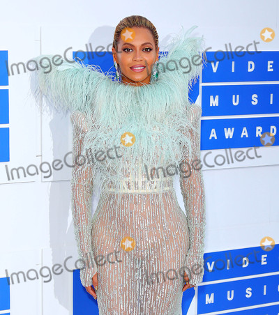 Beyonce Photo - Photo by: XPX/starmaxinc.com