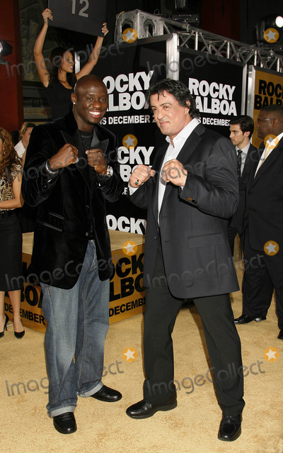 """Antonio Tarver, Sylvester Stallone Photo - Photo by: NPX/starmaxinc.com2006. 12/13/06Sylvester Stallone and Antonio Tarver at the premiere of """"Rocky Balboa"""".(Hollywood, CA)***Not for syndication in France!***"""