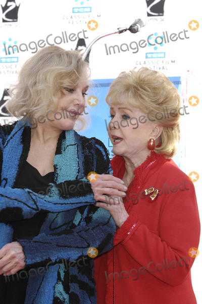 Debbie Reynolds, Kim Novak, Grauman's Chinese Theatre Photo - Photo by: Michael Germana/starmaxinc.com