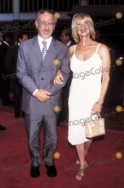 """Kate Capshaw, Steven Spielberg Photo - Photo by: Henry Lamb/Photo Wire/STAR MAX, Inc. copyright 2002. 6/17/02Steven Spielberg and Kate Capshaw at the premiere of """"Minority Report"""".(NYC)"""