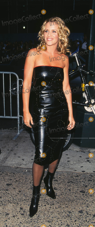 """Jenny McCarthy Photo - Photo by: Peter KramerSTAR MAX, Inc. - copyright 2001. 8/1/01Jenny McCarthy at """"MTV20: Live and Almost Legal"""".(Hamerstein Ballroom, NYC)"""