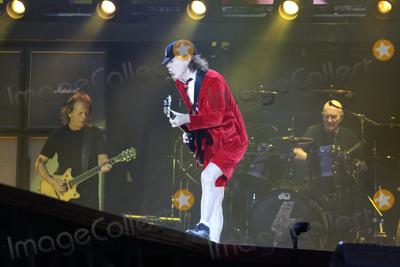 AC/DC, Angus Young, Hüsker Dü Photo - Guitar player ANGUS YOUNG, AC/DC-concert, Hamburg, Volksparkstadion, 26.05.2016