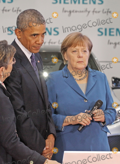 Angela Merkel, Barack Obama, President Barack Obama Photo - US-President BARACK OBAMA and German chancellor ANGELA MERKELvisiting the  Hannover Messe, 25.04.2016