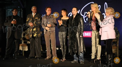 Ashford & Simpson, Cliff Richard, David Gest, Gaby Roslin, Gloria Hunniford, Lamont Dozier, Liza Minnelli, Pop Stars, Gabi Roslin Photo - Lamont Dozier, Cliff Richard, David Gest, Gaby Roslin and Gloria Hunniford at a press conference held at Gilgamesh announcing that English pop star Cliff Richard, 70, will duet with a series of soul legends on his new EMI album produced by Lamont Dozier, Ashford & Simpson with David Gest, ex-husband of Liza Minnelli, as executive producer. London, UK. 03/07/11.