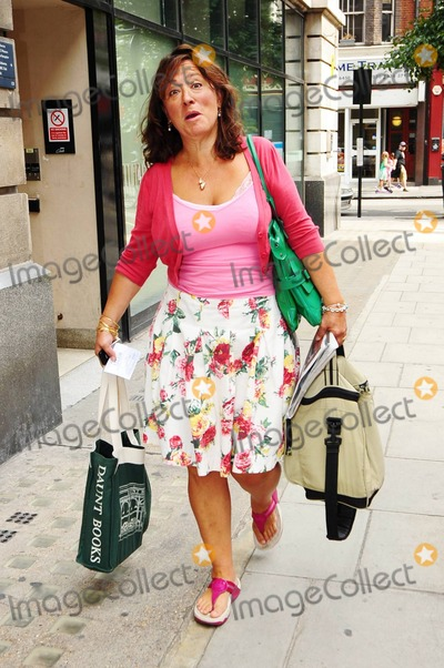Arabella Weir Photo - EXCLUSIVE!! American born, British comedian and writer Arabella Weir makes funny faces as she arrives at the studios of BBC Radio to promote her new book The Real Me is Thin. London, UK. 09/04/10.