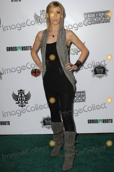 Aubry Fisher, Black Eyed Peas, Black-Eyed Peas Photo - Aubry Fisher arrives at the seventh annual Black Eyed Peas Peapod Benefit Concert held at the Music Box Theatre. Los Angeles, CA. 02/10/11.