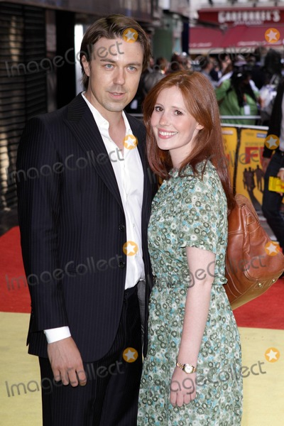 "andrew buchan, Amy Nutall, Leicester Square Photo - Andrew Buchan and Amy Nutall at the European premiere of ""Fire in Babylon"" at Odeon Leicester Square. London, UK. 5/9/11."