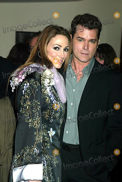 photos and pictures ray liotta with wife michelle grace