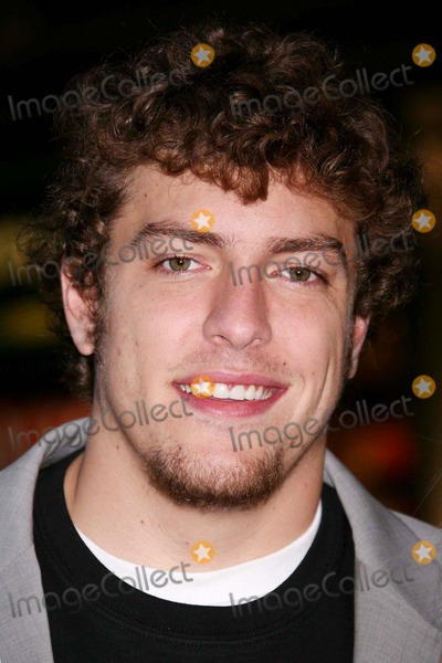 David Lee, David Lees Photo - David Lee (New York Knicks) Arriving at the Premiere of Live Free or Die Hard at Radio City Music Hall in New York City on 06-22-2007. Photo by Henry Mcgee/Globe Photos, Inc. 2007.