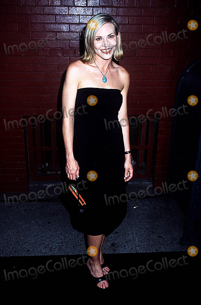 Amy Locane Photo - Et Weekly's 1st List Party Milk Studios, NYC 06/24/02 Photo by Henry Mcgee/Globe Photos, Inc. 2002 Amy Locane