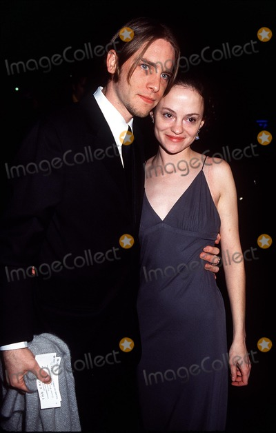 """Angela Bettis Photo - : """"the Crucible"""" Opening Night at the Virginia Theatre in New York City 03/07/02 Photo by Henry Mcgee/Globe Photos, Inc. 2002 Angela Bettis and Date"""
