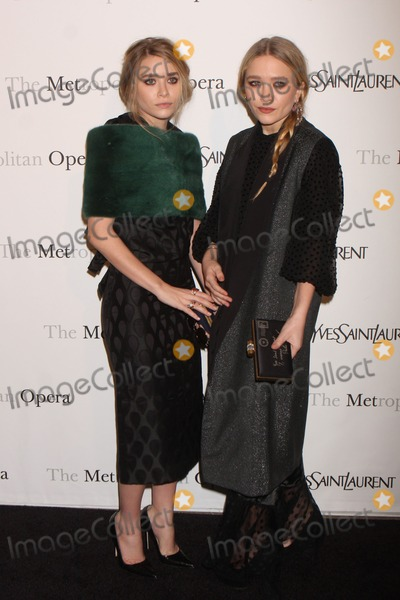 "Mary - Kate Olsen, Mary-Kate Olsen, Ashley Olsen, Ashley Marie, Teairra Marí Photo - Ashley Olsen and Mary-kate Olsen Arriving at the Metropolitan Opera Gala Premiere of Rossini's ""Le Comte Ory"" at the Metropolitan Opera House, Lincoln Center in New York City on 03-24-2011. photo by Henry Mcgee-globe Photos, Inc. 2011."