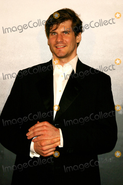 Alexei Yashin Photo - Alexei Yashin Arriving at Cartier Santos Night to Celebrate the 100 Year Anniversary of the Cartier Santos Watch at the Armory in New York City on May 25, 2004. Photo by Henry Mcgee/Globe Photos, Inc. 2004.