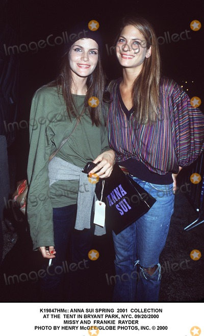 Frankie Rayder, Anna Sui, Missy Rayder Photo - : Anna Sui Spring 2001 Collection at the Tent in Bryant Park, NYC. 09/20/2000 Missy and Frankie Rayder Photo by Henry Mcgee/Globe Photos, Inc.