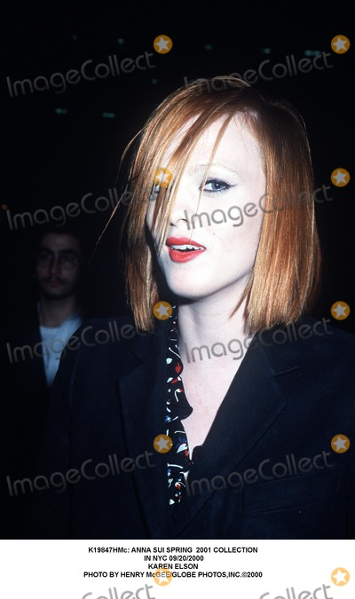 Karen Elson, Anna Sui Photo - : Anna Sui Spring 2001 Collection in NYC 09/20/2000 Karen Elson Photo by Henry Mcgee/Globe Photos,inc.