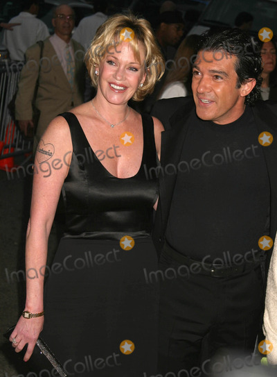 Antonio Banderas, Melanie Griffith, Melanie Griffiths Photo - Melanie Griffith and Antonio Banderas Arriving at a Special Screening of Shrek 2 at the Beekman Theatre in New York City on May 17, 2004. Photo by Henry Mcgee/Globe Photos, Inc. 2004