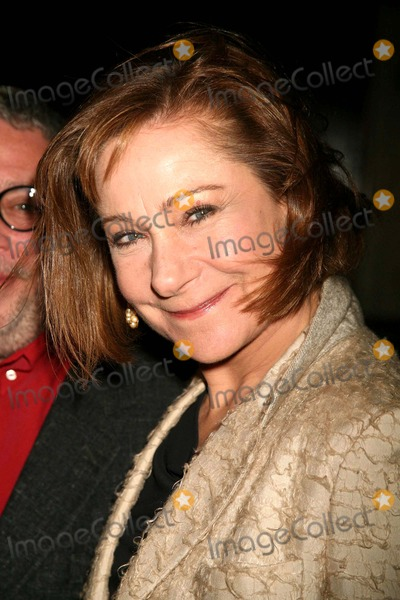 Zoe Wanamaker Photo - Zoe Wanamaker Arriving at the 51st Annual Drama Desk Awards at Fiorello H. Laguardia High School of Music & Art and Performing Arts Concert Hall at Lincoln Center in New York City on 05-21-2006. Photo by Henry Mcgee/Globe Photos, Inc. 2006.