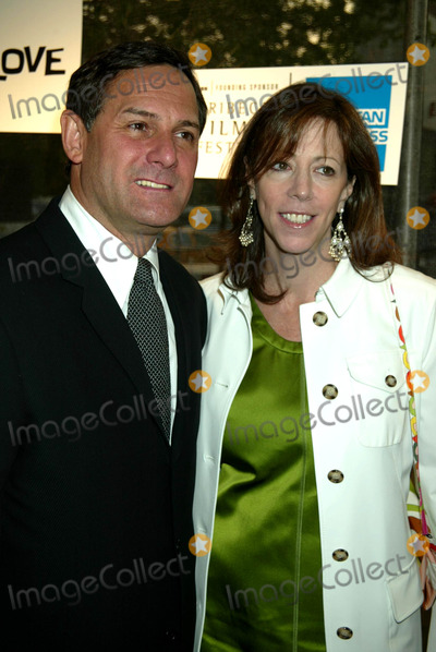 """Jane Rosenthal Photo - Sd05/06/2003 Tribeca Film Festival Premiere of """"Down with Love"""" at the Tribeca Performing Arts Center, New York City. Photo by Henry Mcgee / Globe Photos,inc. Jane Rosenthal"""