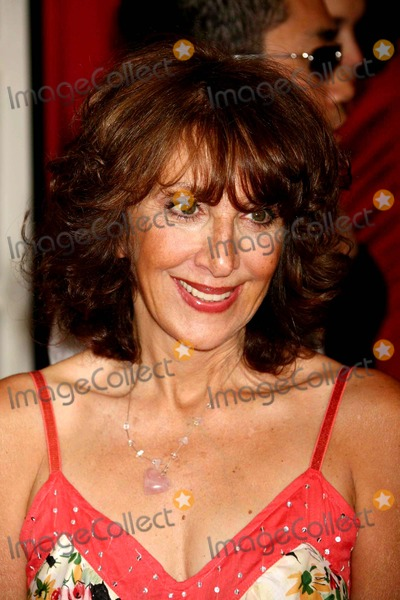 Andrea Martin, Martin Short Photo - Andrea Martin Arriving at the Opening Night of Martin Short: Fame Becomes ME at the Bernard B. Jacobs Theatre in New York City on 08-17-2006. Photo by Henry Mcgee/Globe Photos, Inc. 2006.