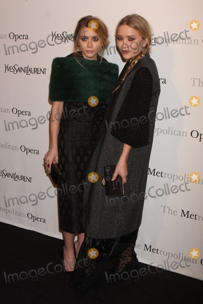 """Mary - Kate Olsen, Mary-Kate Olsen, Ashley Olsen, Ashley Marie, Teairra Marí Photo - Ashley Olsen and Mary-kate Olsen Arriving at the Metropolitan Opera Gala Premiere of Rossini's """"Le Comte Ory"""" at the Metropolitan Opera House, Lincoln Center in New York City on 03-24-2011. photo by Henry Mcgee-globe Photos, Inc. 2011."""