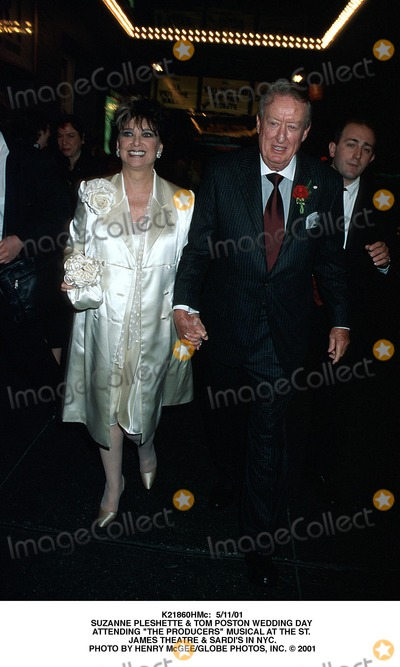 """Suzanne Pleshette, Tom Poston, The Producers Photo - : 5/11/01 Suzanne Pleshette & Tom Poston Wedding Day attending """"the Producers"""" Musical at the St. James Theatre & Sardi's in NYC. Photo by Henry Mcgee/Globe Photos, Inc."""