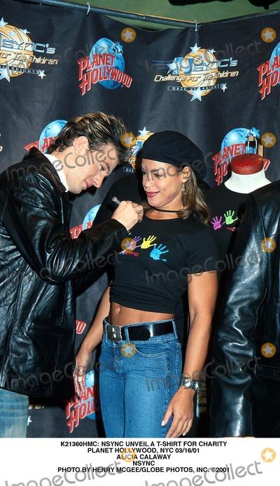 NSYNC, *NSYNC, Alicia Calaway Photo - : Nsync Unveil a T-shirt For Charity Planet Hollywood, NYC 03/16/01 Alicia Calaway Nsync Photo by Henry Mcgee/Globe Photos, Inc.