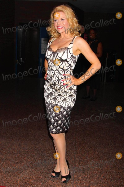 Megan Hilty Photo - Megan Hilty Arriving at the 54th Annual Drama Desk Awards at Fh Laguardia Concert Hall at Lincoln Center in New York City on 05-17-2009. Photo by Henry Mcgee-Globe Photos, Inc. 2009.