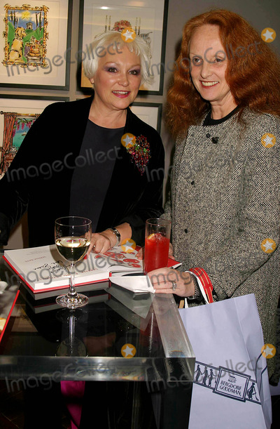 Serena Bass, Grace Coddington Photo - Serena Bass and Grace Coddington at the Launch of Serena Bass' Cookbook: Serena, Food & Stories-feeding Friends Every Hour of the Day at Bergdorf Goodman in New York City on November 8, 2004. Photo by Henry Mcgee/Globe Photos, Inc. 2004.
