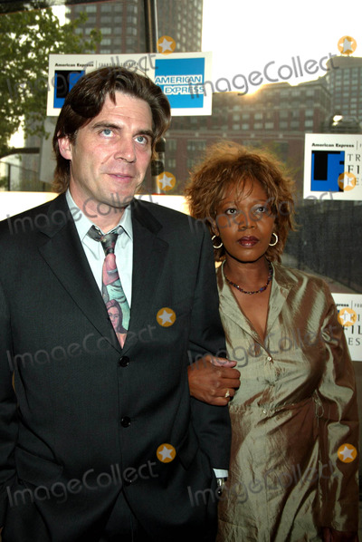 """Ann Magnuson, Alfre Woodard Photo - Sd05/06/2003 Tribeca Film Festival Premiere of """"Down with Love"""" at the Tribeca Performing Arts Center, New York City. Photo by Henry Mcgee / Globe Photos,inc. Alfre Woodard and Husband Ann Magnuson"""