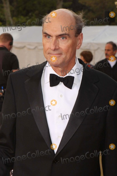 James Taylor Photo - James Taylor Arriving at the Metropolitan Opera's 125th Anniversary Opening Night Gala at Lincoln Center Plaza in New York City on 09-22-2008. Photo by Henry Mcgee/Globe Photos, Inc. 2008.