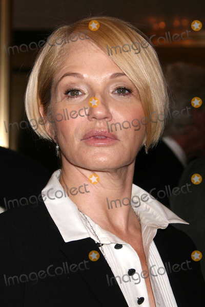Ellen Barkin Photo - Ellen Barkin Arriving at the Opening Night Performance of the Country Girl at the Bernard B. Jacobs Theatre in New York City on 04-27-2008. Photo by Henry Mcgee/Globe Photos, Inc. 2008.