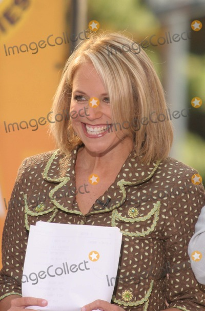 Katie Couric Photo - New York, NY 8-4-2005Katie Couric on The Today Show Toyota Concert Series in Rockefeller Center.Digital Photo by Lane Ericcson-PHOTOlink.org
