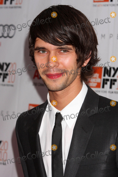 "Ben Whishaw Photo - Ben Whishaw Arriving at the 48th New York Film Festival Premiere of ""the Tempest"" at Lincoln Center's Alice Tully Hall in New York City on 10-02-2010. Photo by Henry Mcgee-Globe Photos, Inc. 2010."