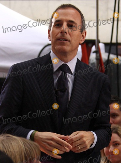 """Matt Lauer Photo - Matt Lauer on Nbc's """"Today"""" Show Toyota Concert Series at Rockefeller Plaza in New York City on 05-01-2009. Photo by Henry Mcgee-Globe Photos, Inc. 2009."""