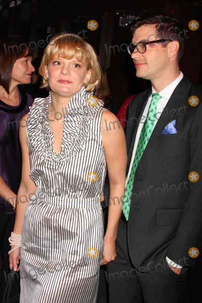 Martha Plimpton Photo - Martha Plimpton and Guest Arriving at the 54th Annual Drama Desk Awards at Fh Laguardia Concert Hall at Lincoln Center in New York City on 05-17-2009. Photo by Henry Mcgee-Globe Photos, Inc. 2009.