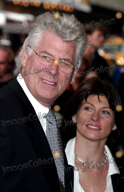 """Barry Bostwick Photo - Barry Bostwick and Wife at the Opening Night of """"Master Harold...and the Boys"""" at Royale Theatre in New York City on June 1, 2003. Photo Henry Mcgee/Globe Photos, Inc. 2003."""