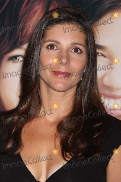 Ann Brashares Photo - Ann Brashares Arriving at the Premiere of the Sisterhood of the Traveling Pants 2 at the Ziegfeld Theatre in New York City on 07-28-2008. Photo by Henry Mcgee/Globe Photos, Inc. 2008.