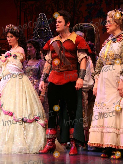 Donny Osmond, Anneliese van der Pol, Donnie Osmond Photo - Anneliese Van Der Pol, Donny Osmond and Jeanne Lehman Curtain Call For the Final Performance of Disney's Beauty and the Beast at the Lunt-fontanne Theatre in New York City on 07-29-2007. Photo by Henry Mcgee/Globe Photos, Inc. 2007. K54003hmc