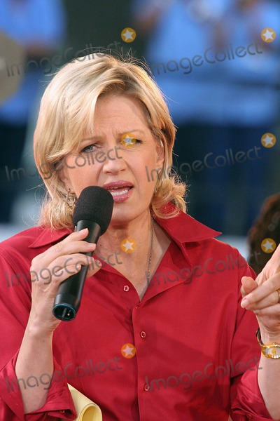 Photos and Pictures - Diane Sawyer on Abcs Good Morning