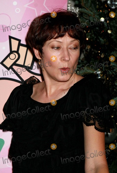 Ann Magnuson, David Barton Photo - Ann Magnuson Arriving at Annual Toy Drive For St. Jude Children's Research Hospital at David Barton Gym in New York City on 12-11-2007. Photo by Henry Mcgee/Globe Photos, Inc. 2007.