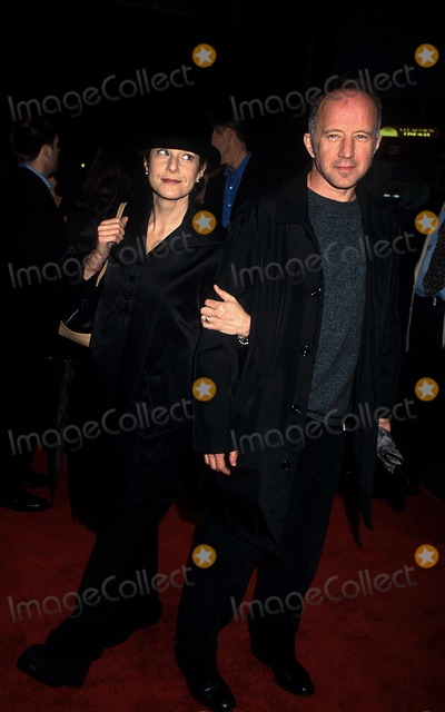 "Debra Winger, Arliss Howard Photo - Sd11/29 Premiere of the Film ""the Business of Strangers"" Clearview Chelsea West,nyc Debra Winger and Arliss Howard Photo:henry Mcgee/Globe Photos Inc"