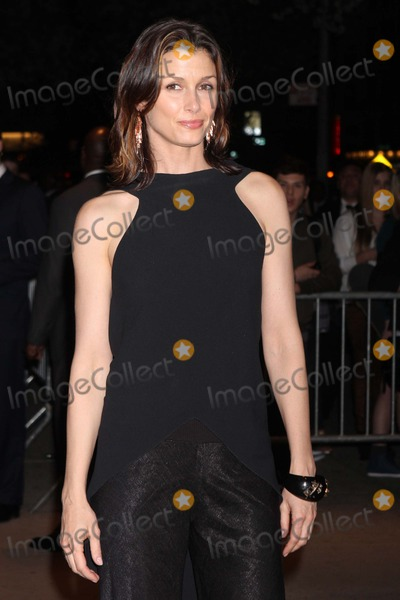"""Bridget Moynahan Photo - Bridget Moynahan Arriving at a Screening of """"the Hunger Games"""" at Sva Theatre in New York City on 03-20-2012. Photo by Henry Mcgee-Globe Photos, Inc. 2012."""