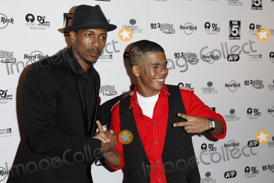 Nick Cannon, Aaron Fresh Photo - Nick Cannon and Aaron Fresh at Island Def Jam Rocks Times Square for Children's Miracle Network Hospitals event at the Hard Rock Cafe at Times Square in New York City. September 23, 2010.