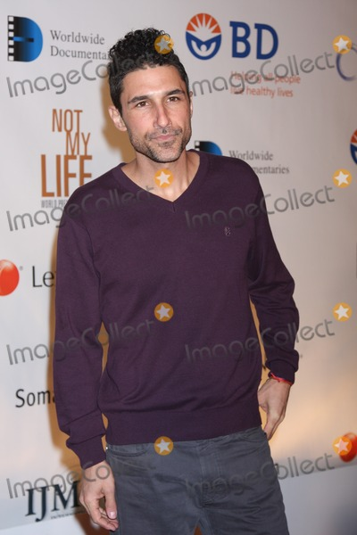 Ethan Zohn Photo - New York City  19th January 2011Ethan Zohn at the world premiere of Not My Life, a feature-length documentary film about modern-day slavery and global human trafficking, at Alice Tully Hall, Lincoln CenterPhoto by Adam Nemser-PHOTOlink.net
