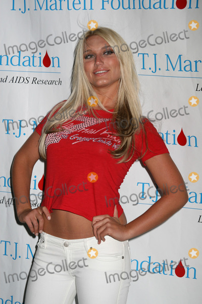martelle personals Before shacking up with irv, ashley martelle was a member of miami social group, taz's angels according to several bloggers, the group of sexy, party-friendly women, are allegedly high priced escorts working for a pimp named taz.