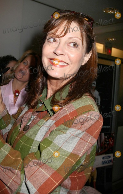 Photos And Pictures Nyc 092606 Susan Sarandon At A Party For