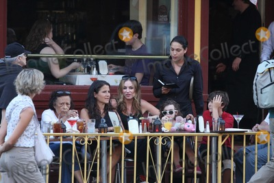 Drea De Matteo, Alabama Photo - NYC  08/28/10Drea de Matteo and daughter Alabama Gypsyrose Jennings (2 1/2 years old) eating at an outdoor cafe after playing on a playground in the West VillagePhoto by Adam Nemser-PHOTOlink.net