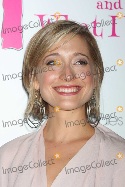 """Allison Mack, (+44), +44, CAST MEMBER, CAST MEMBERS Photo - NYC  07/29/10New cast member Allison Mack (""""Smallville"""") at the party to celebrate the new cast of the Off-Broadway play """"Love Loss and What I Wore"""", at 44 1/2.Photo by Adam Nemser-PHOTOlink.net"""