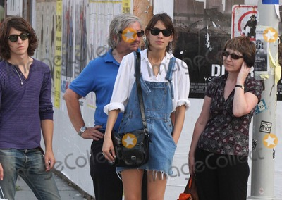 Alexa Chung, Alex Turner, Arctic Monkeys, The Arctic Monkeys Photo - NYC  07/26/09