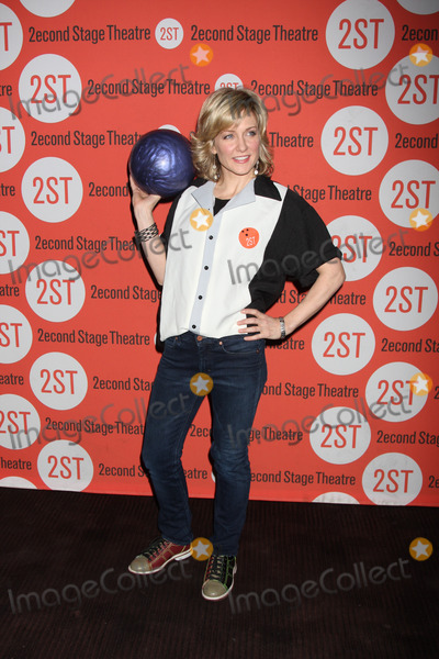 """Amy Carlson Photo - New York City  7th February 2011Amy Carlson (currently on """"Blue Bloods"""") at Second Stage Theatre's 24th Annual All-Star Bowling Classic Fundraiser at Lucky Strike Lanes and LoungePhoto by Adam Nemser-PHOTOlink.net"""
